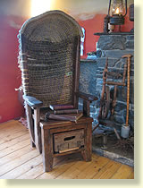 Merveilleux Cosy Old Chair